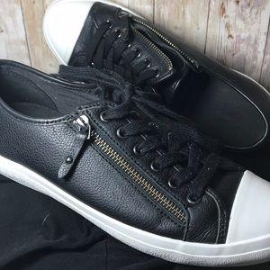 Coach Black Leather Side Zipper Sneakers | 8